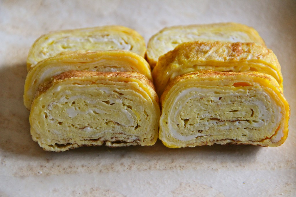 Tamagoyaki (pan fried rolled egg or rolled omelette) Recipe ...