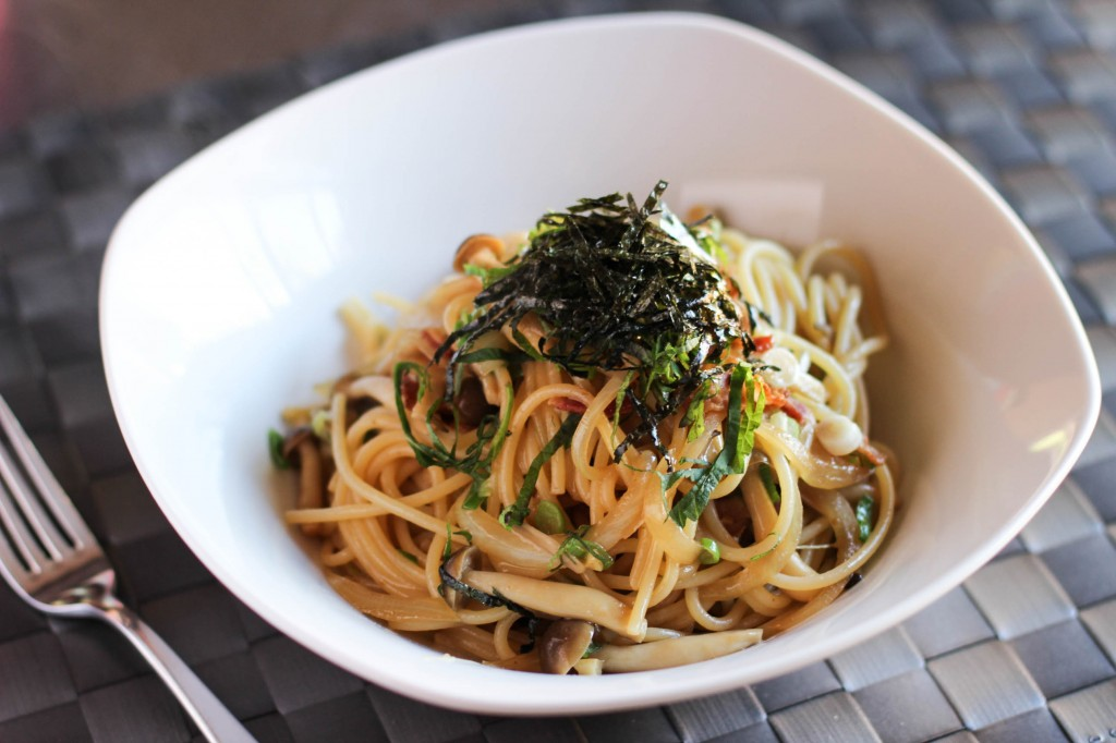 Spaghetti with Shimeji Mushroom – Japanese Cooking 101